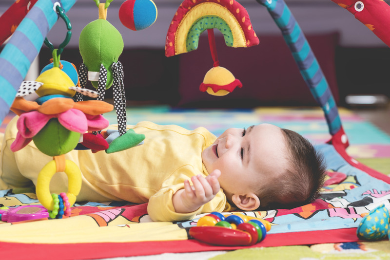 best baby toys 2019-Baby playing with toy